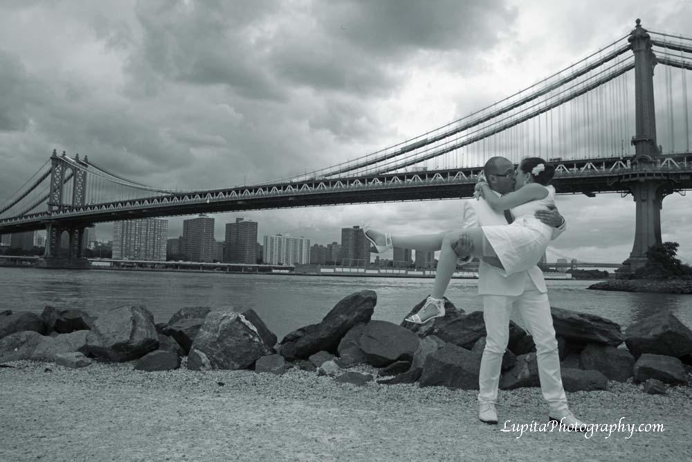 Boda de una pareja de España que se casó en la Ciudad de Nueva York.
