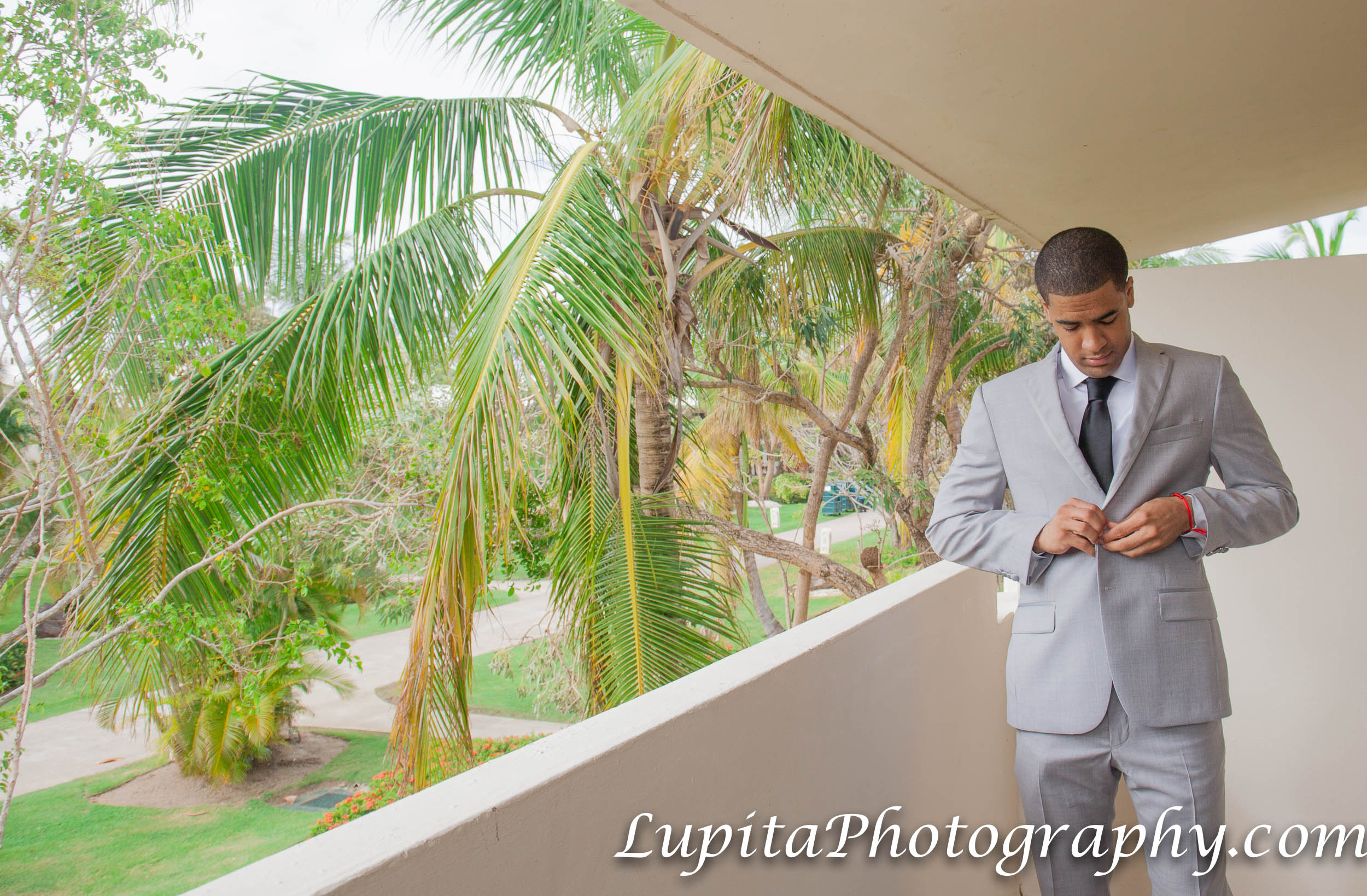 Meliá Coco Beach Resort. Rio Grande. Puerto Rico.  Groom getting ready for his wedding.