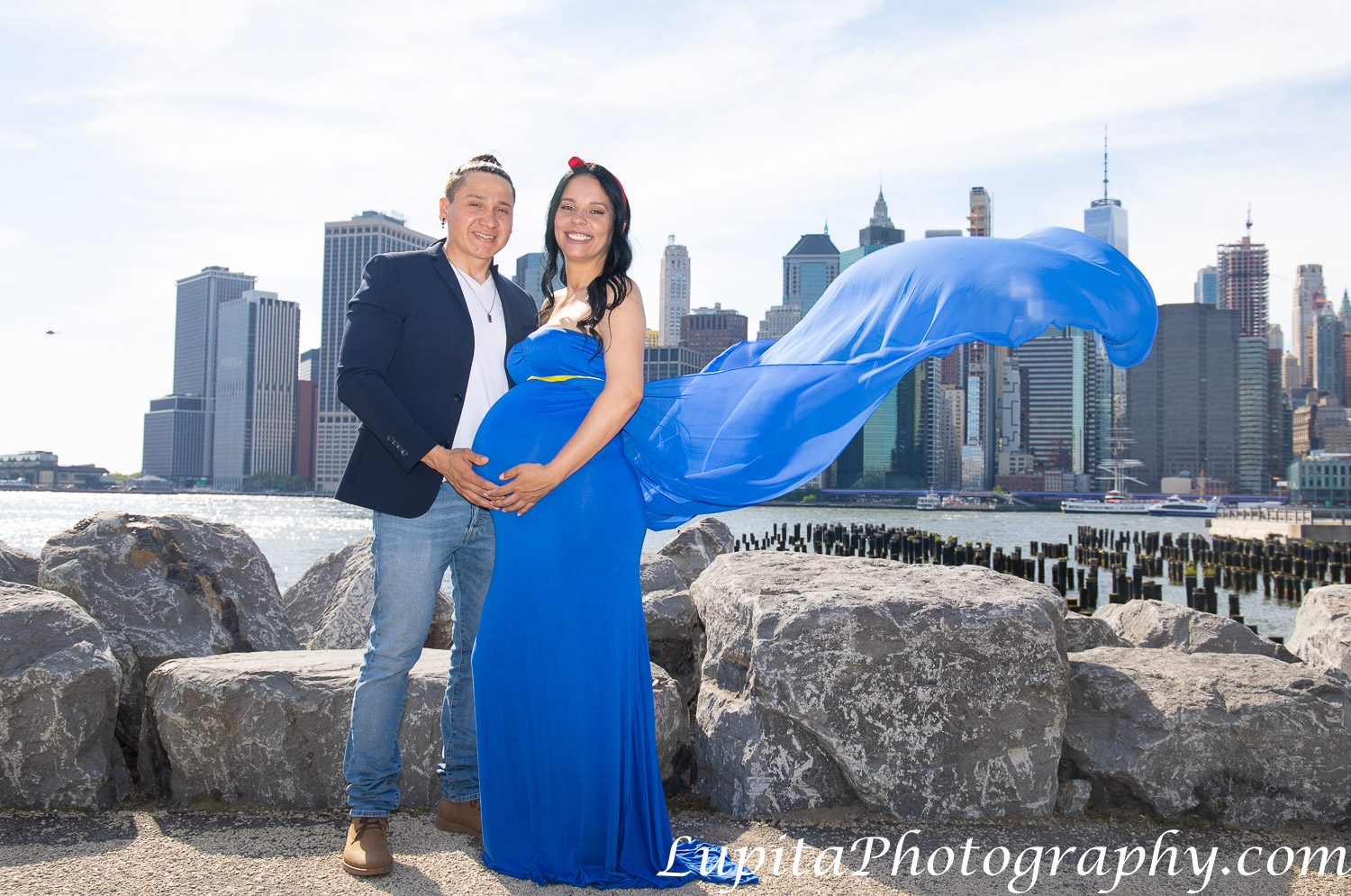 Pregnancy/maternity photographer in New York City (Brooklyn, Bronx, Queens, Staten Island, Manhattan). Fotografía de embarazos/maternidad en la ciudad de Nueva York. www.LupitaPhotography.com