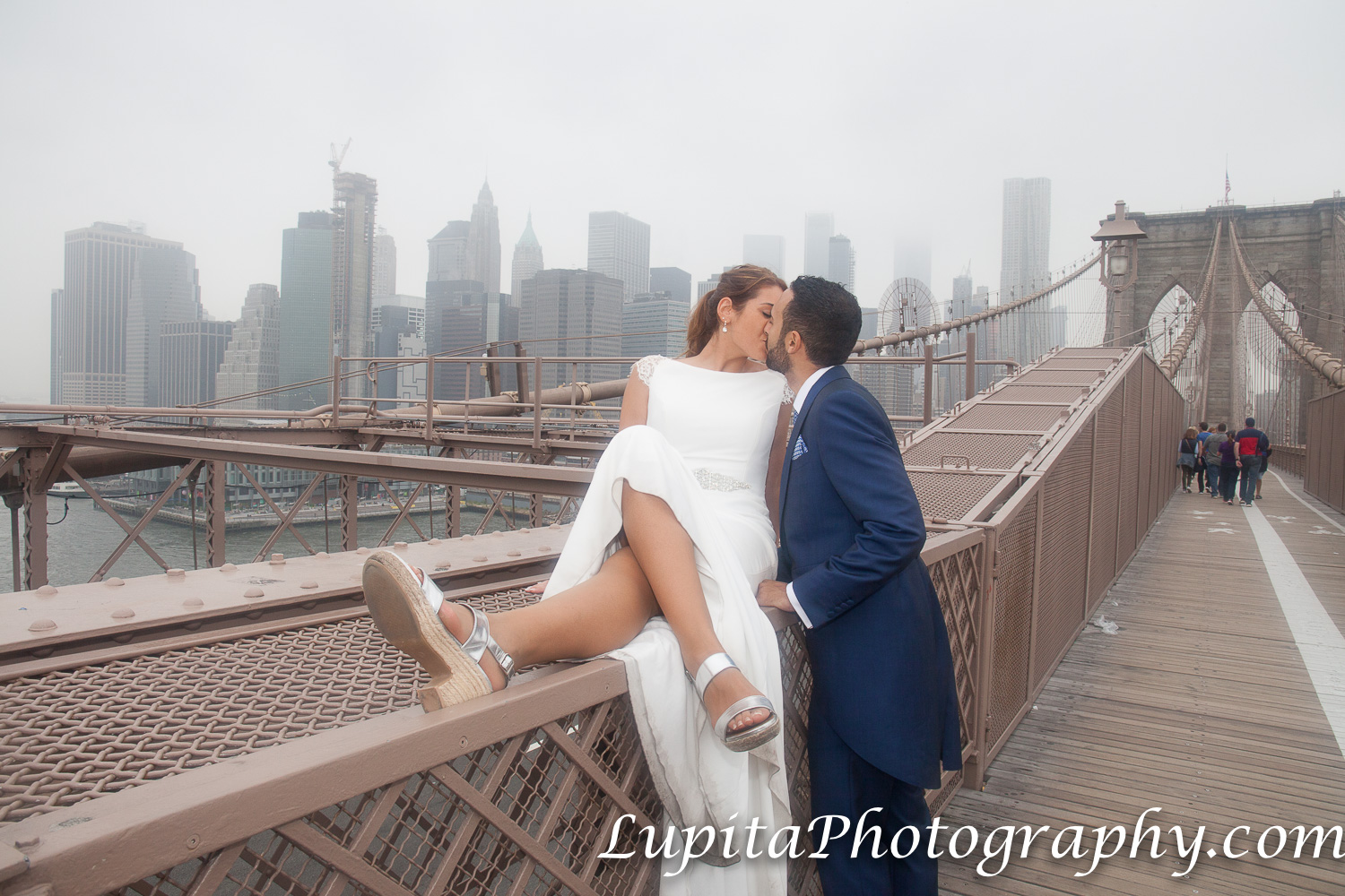 Pareja de España. Puente de Brooklyn. Ciudad de Nueva York. Couple from Spain. Brooklyn Bridge. New York City.