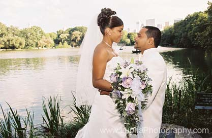 Lupita Photography: Wedding photography in New York City.