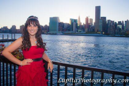 Sweet Sixteen photographer in Brooklyn, Bronx, Queens, Staten Island, Manhattan.