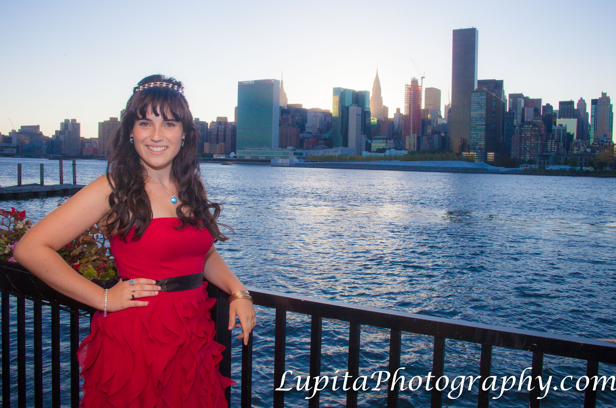 Sweet Sixteen photographer in Brooklyn, Bronx, Queens, Staten Island, Manhattan.